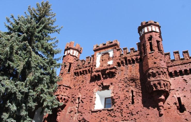 Легендарные Холмские ворота Бресткой крепости