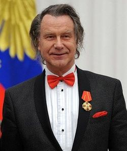 Народный художник Александр Шилов