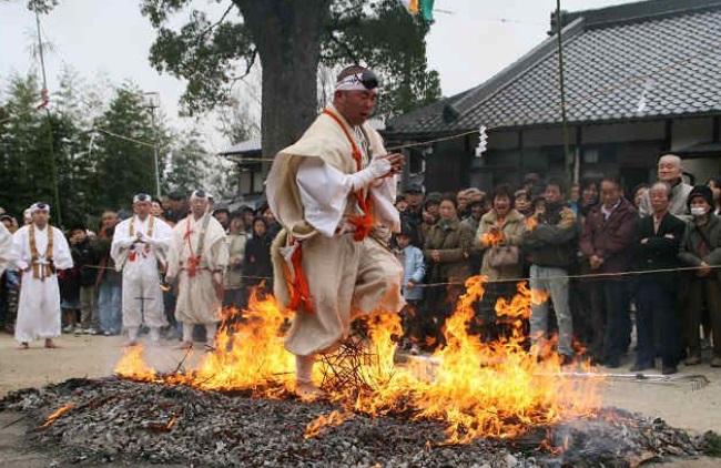 marathon-monks4