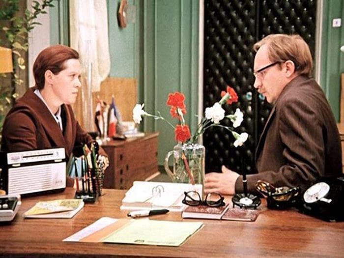 Office-romance-5