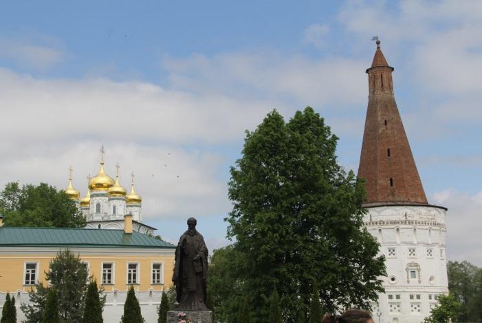 Иосифо-Волоцкий монастырь. Основан в 1479 году.