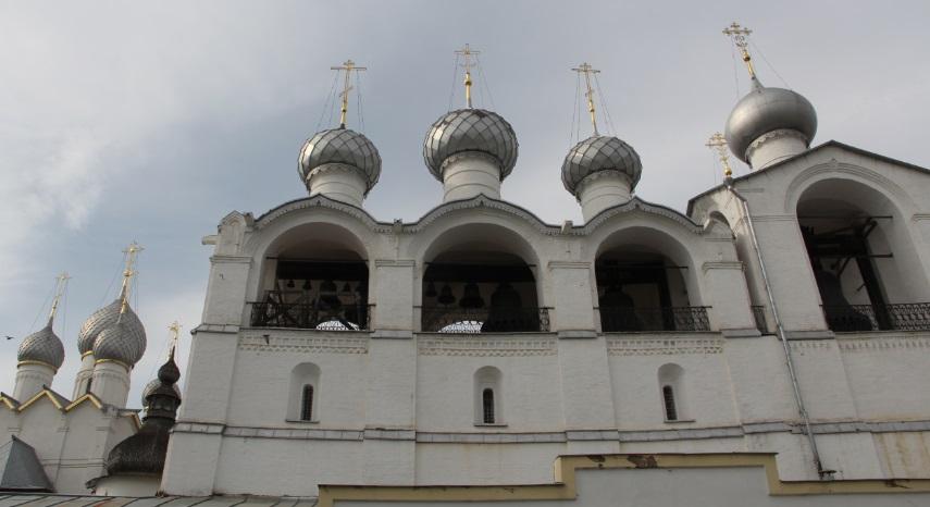 Колокольня, где и снимали сцены фильма Гайдая
