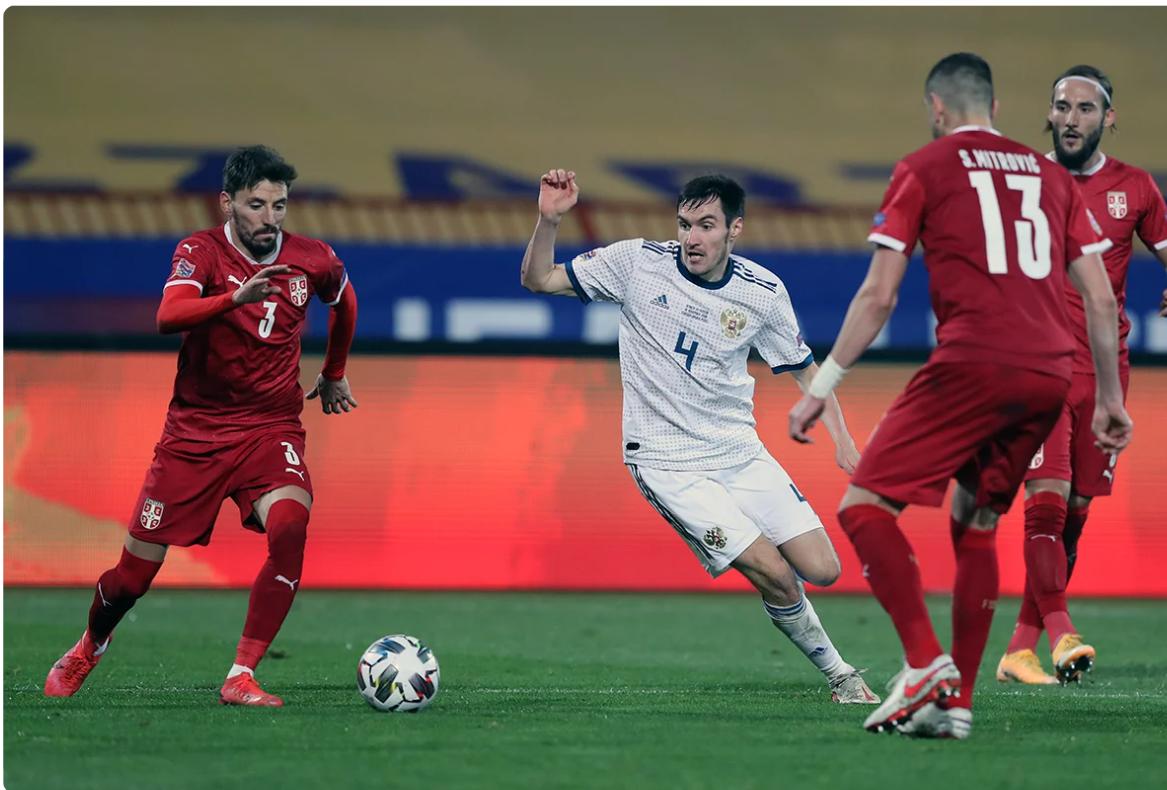 Эпизод матча: сербов было раза в три больше